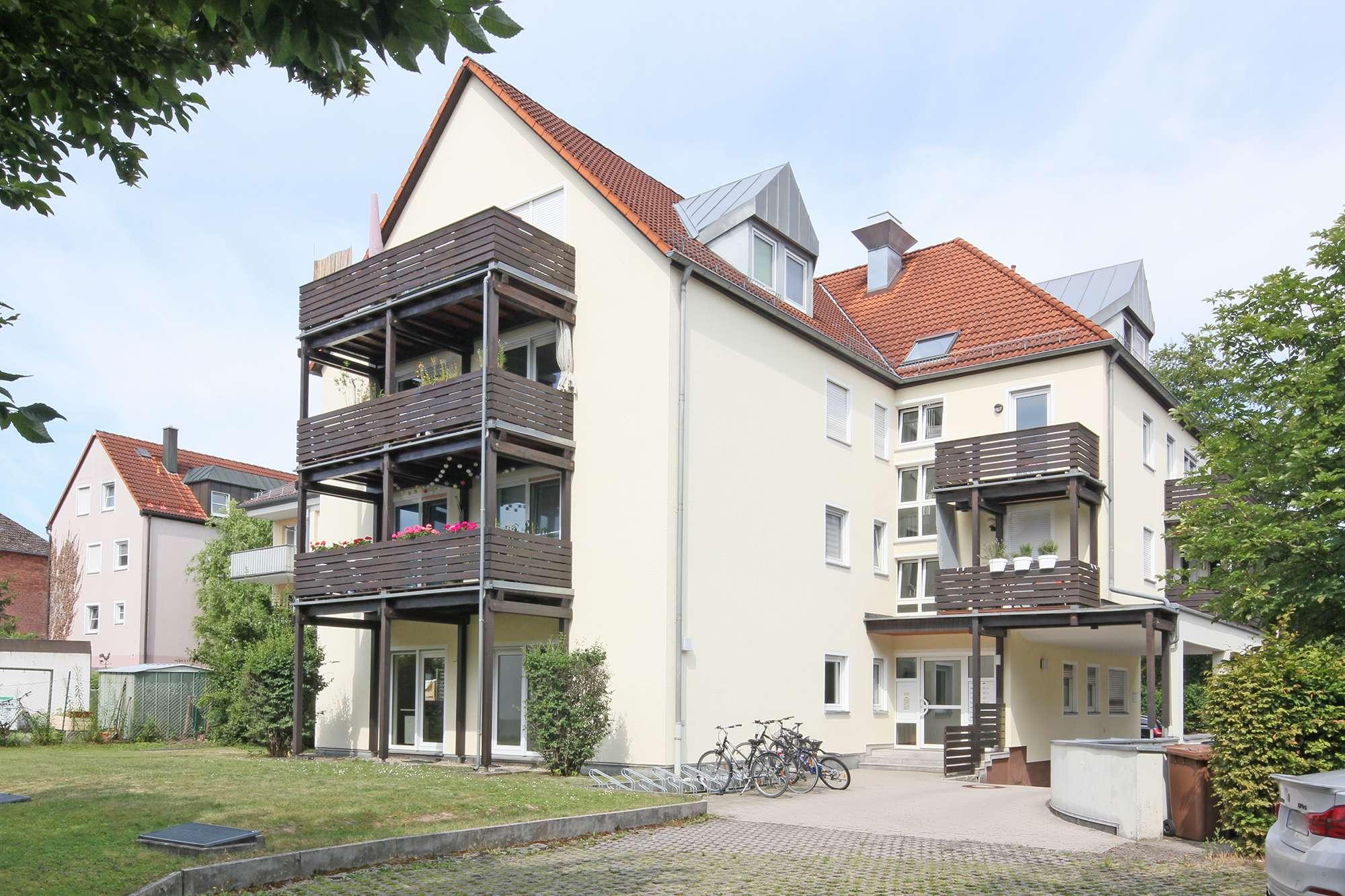 Moderne, top gepflegte Büro-/Praxisräume in der Erlanger Straße im Zentrum Bayreuths!