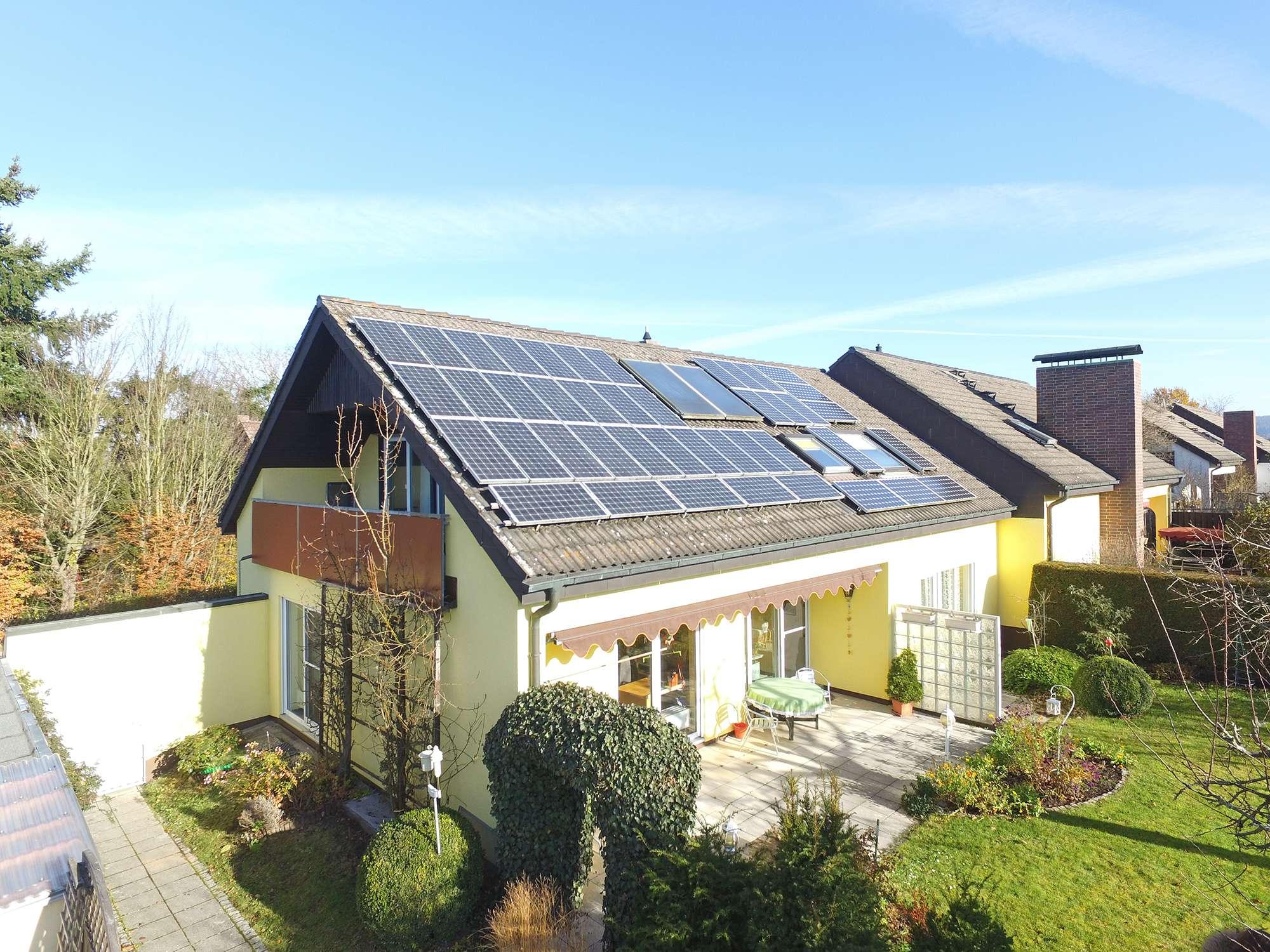 Modernisierte DHH mit Fernblick in Bayreuther Top-Lage Nähe Panoramaweg!