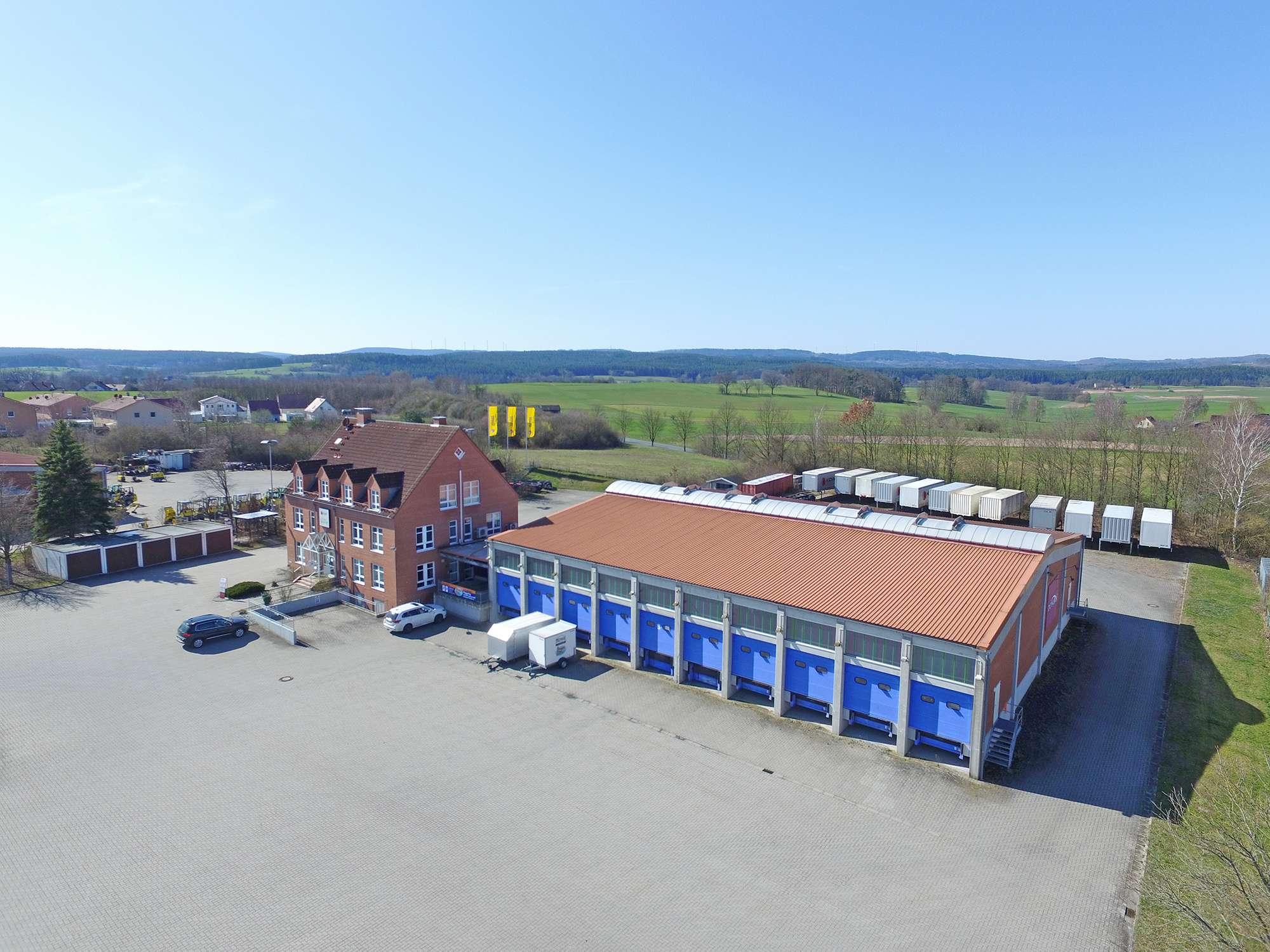 Hallen-/Lagerfläche mit ca. 230 m² in idealer Lage zwischen Bayreuth und Kulmbach!