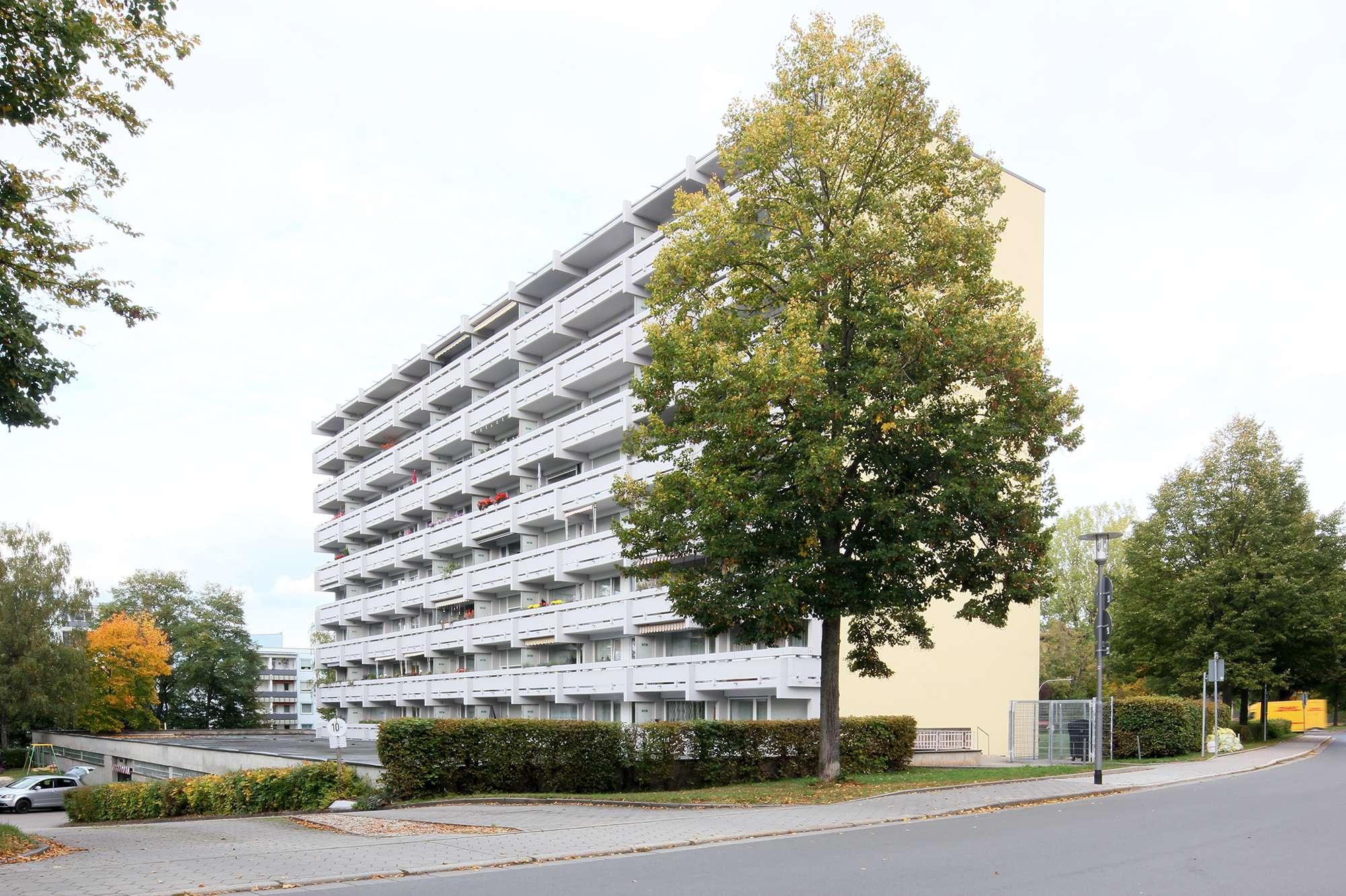 Schöne 2-Zimmer-Wohnung in zentraler Lage mit Panoramablick über Bayreuth!