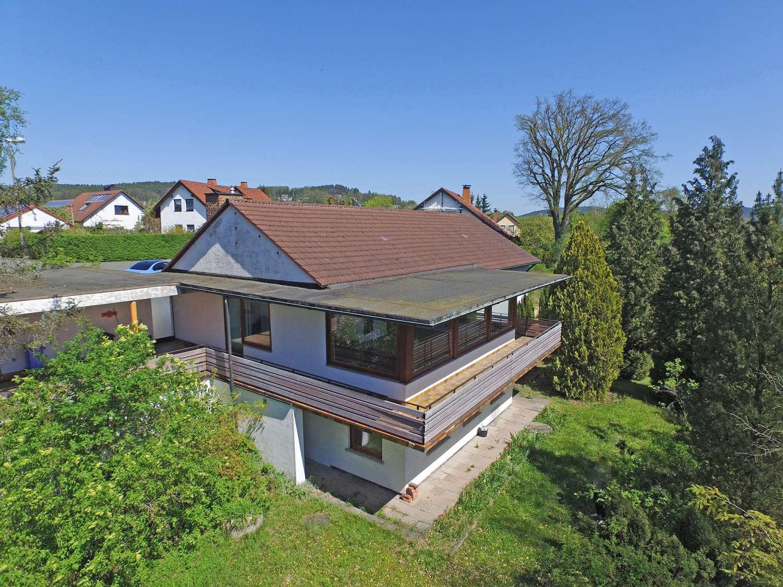 Freistehendes Einfamilienhaus mit fantastischem Fernblick in Kulmbach!