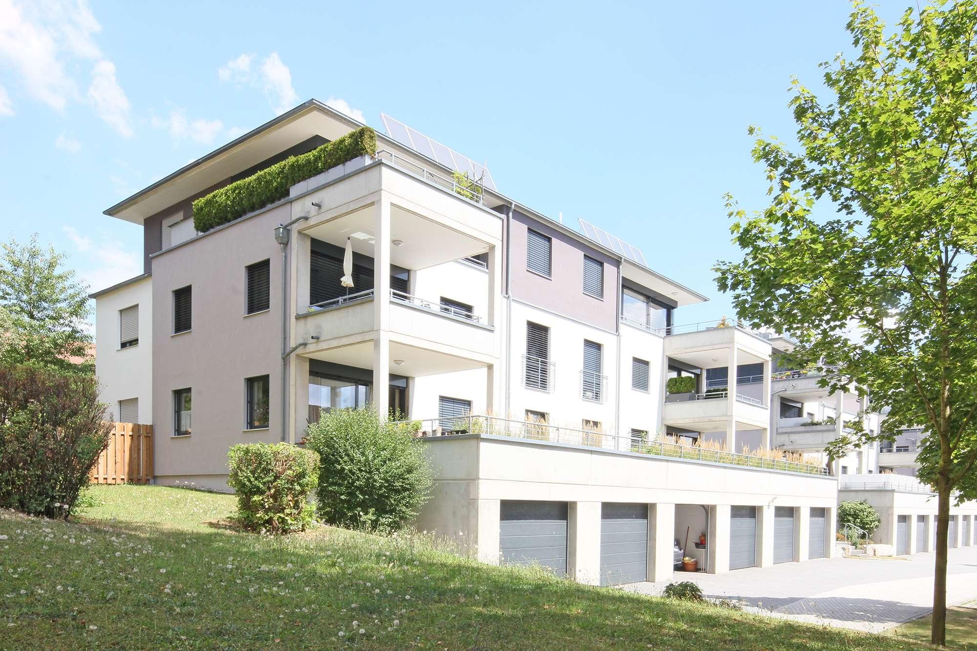 Penthousewohnung mit Top-Küche und bodentiefer Verglasung zur Dachterrasse am Festspielhügel!