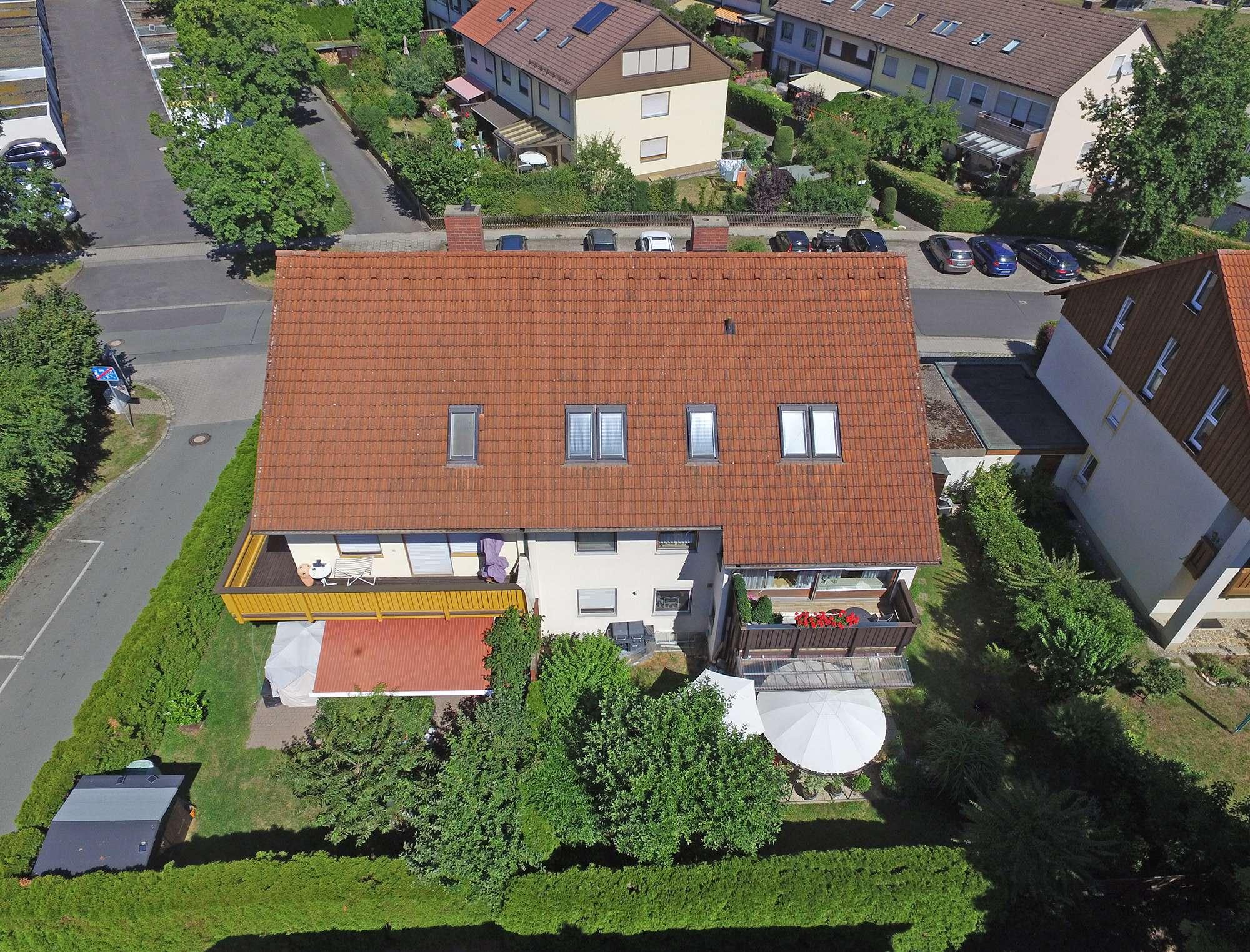 Attraktives Mehrfamilienhaus in ruhiger Bestlage am Roten Hügel mit 4 gepflegten Wohnungen!