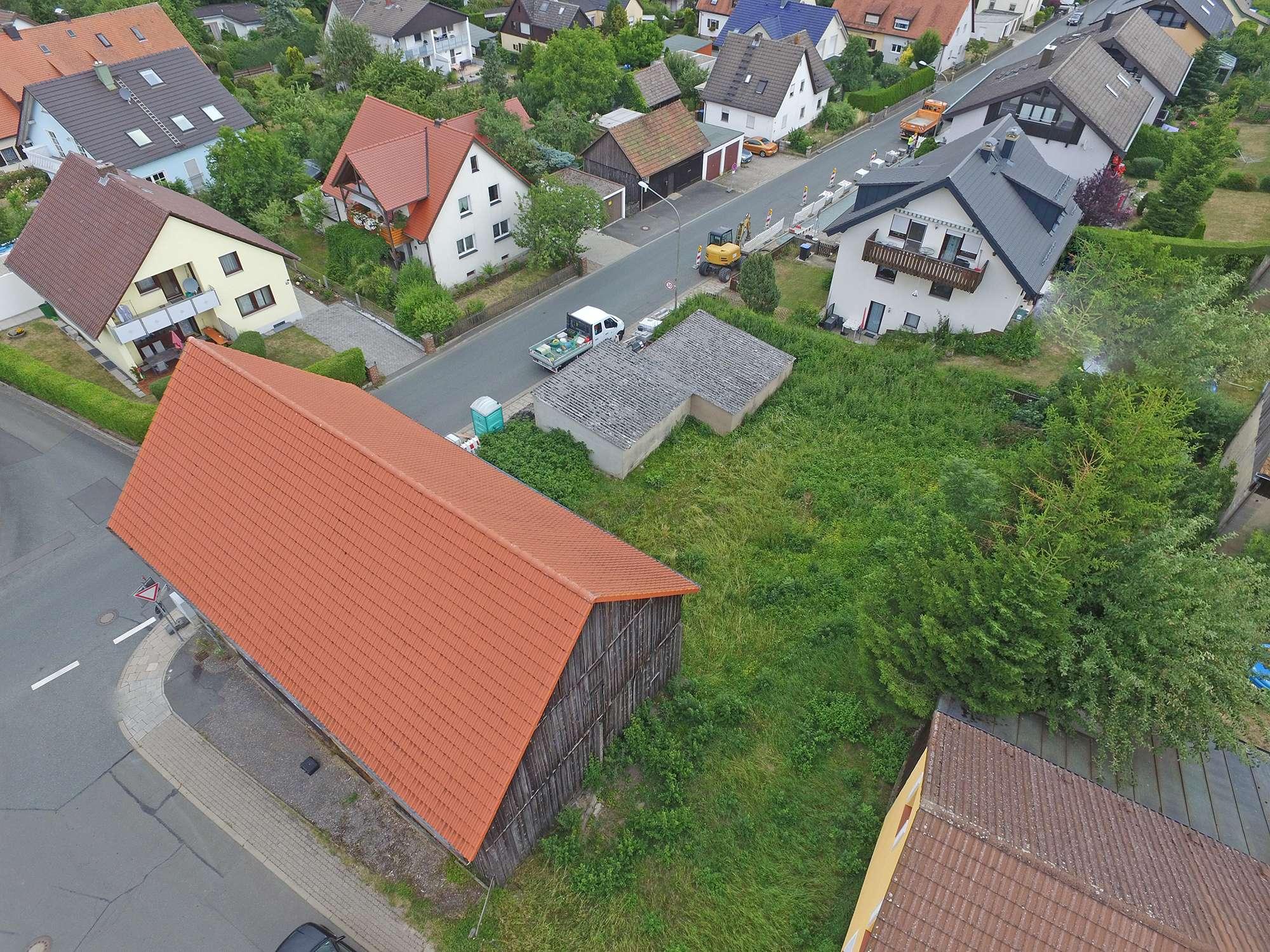 Großzügiges Baugrundstück in Bayreuther Stadtrandlage, ruhiges Wohngebiet Nähe Klinikum!