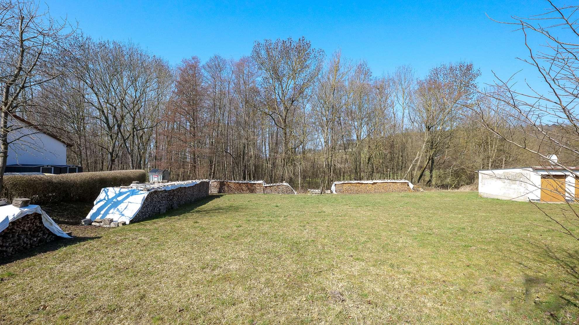 Großzügiges Gewerbegrundstück in Bindlach/Allersdorf, wenige Minuten zur A9 und nach Bayreuth!