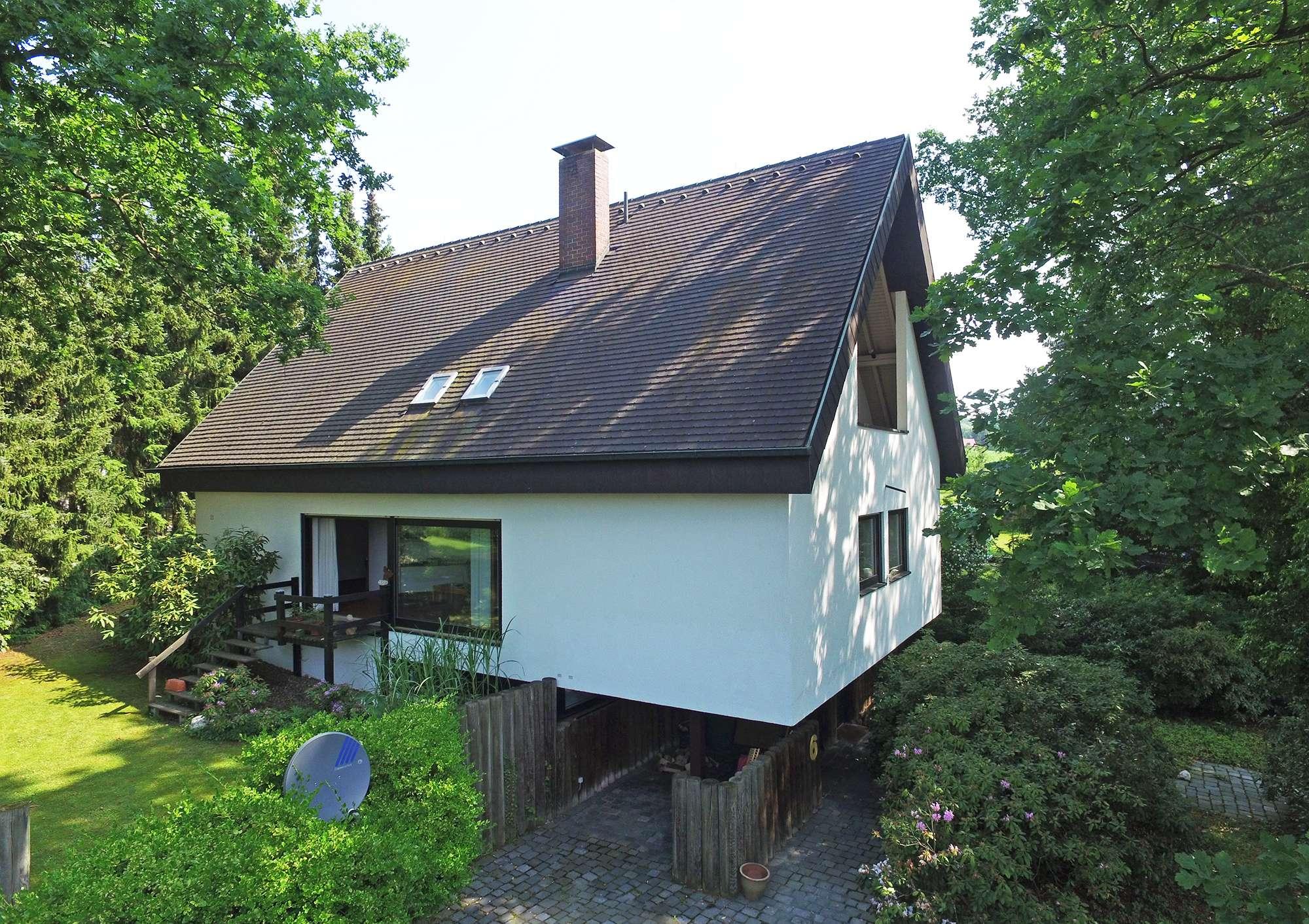 Zeitlos-modernes Architektenhaus in Bayreuther Top-Lage im Zentrum, totale Ruhe & alter Baumbestand!