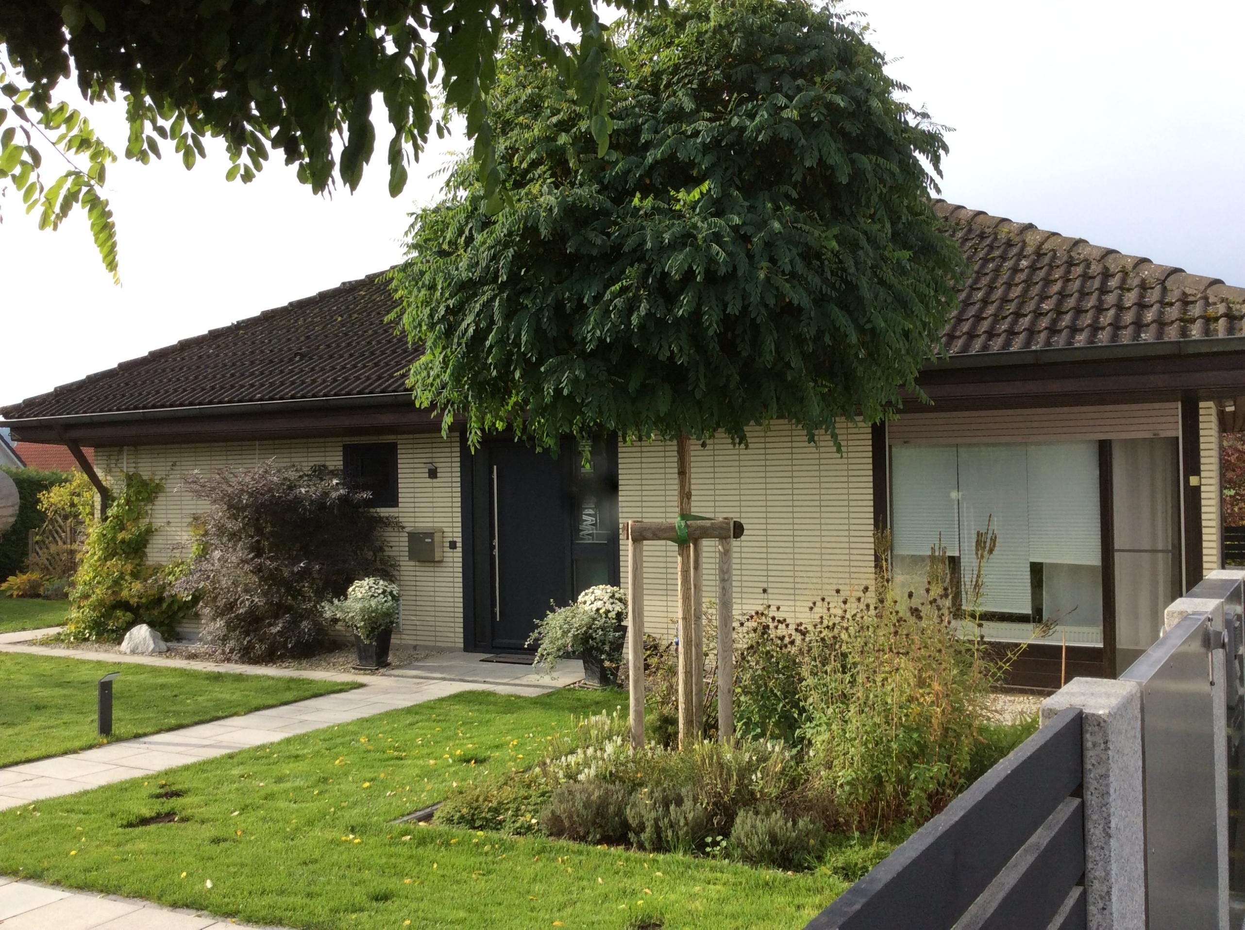 Sehr gepflegter und großzügiger Bungalow in Himmelkron mit 1.290 m² Grundstück!